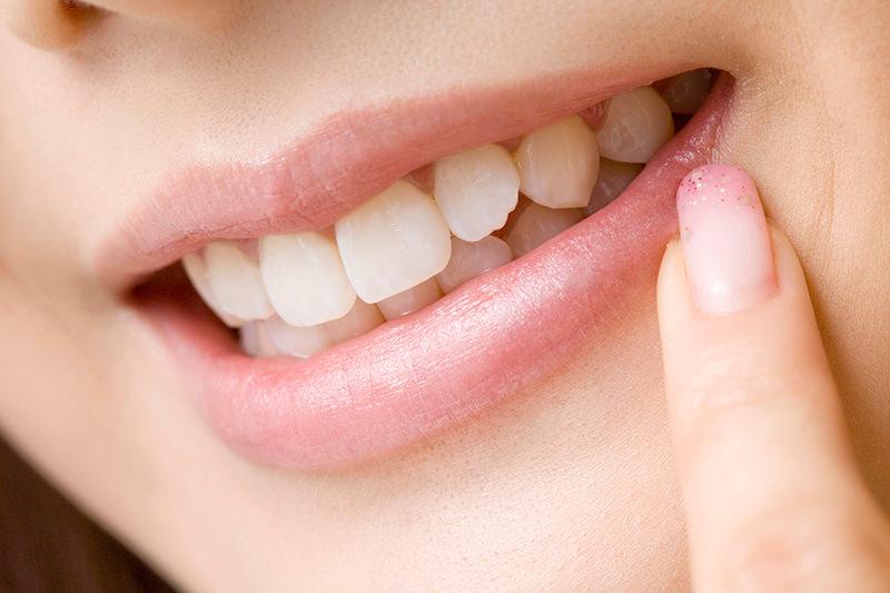 白い歯は大人の身だしなみ